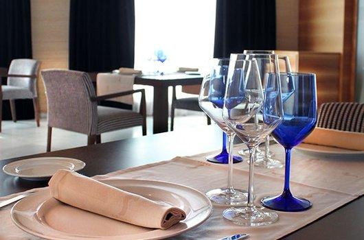 In the Sercotel Hotel Sorolla Palace you can enjoy of ...